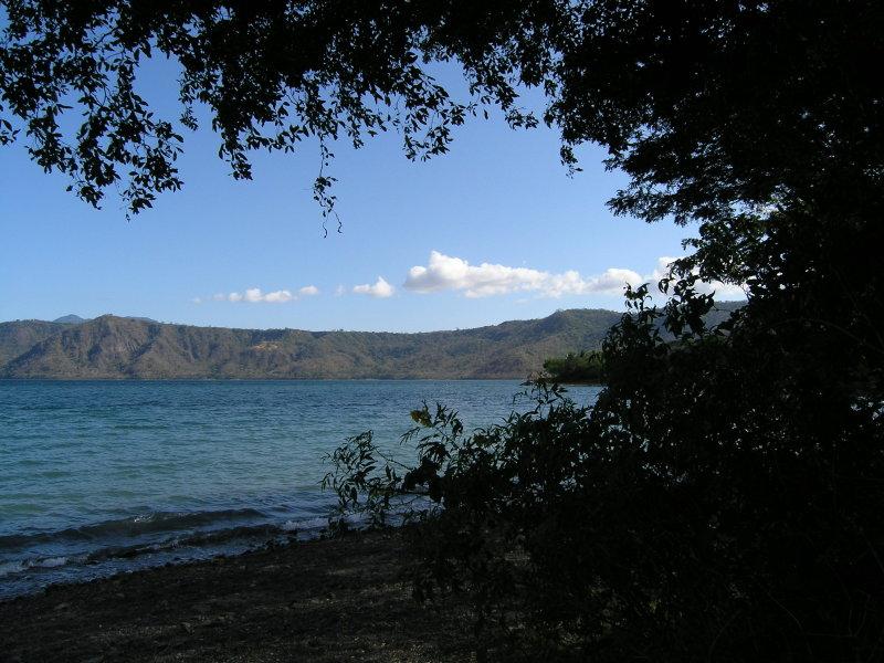...and on to Laguna de Apoyo.....