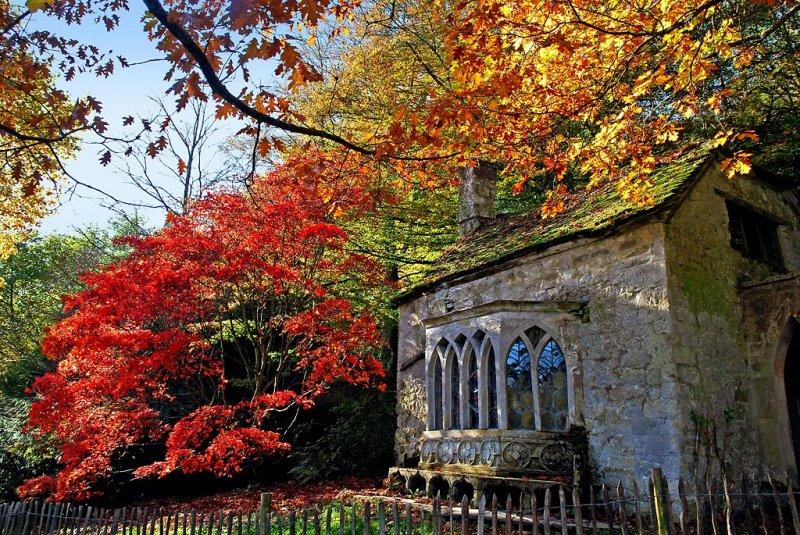 Woodmans Hut, Stourhead (4700)