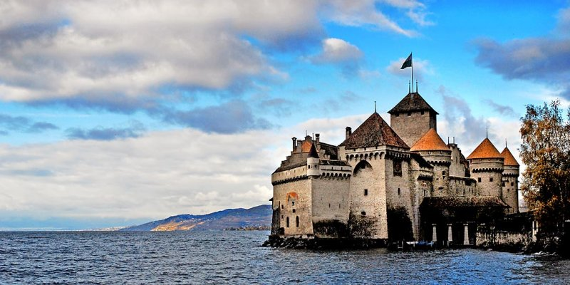 Chillon from the east, Montreux (3490)