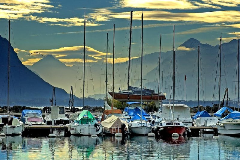Marina and mountains, Montreux (3338