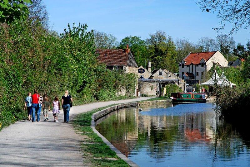 Back to the bridge, Bradford on Avon (1611)