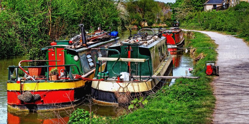 Three boats on the K & A, Bradford on Avon (1574)
