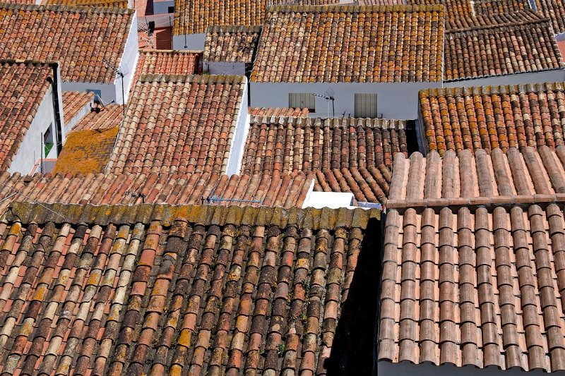 More rooftops, Casares