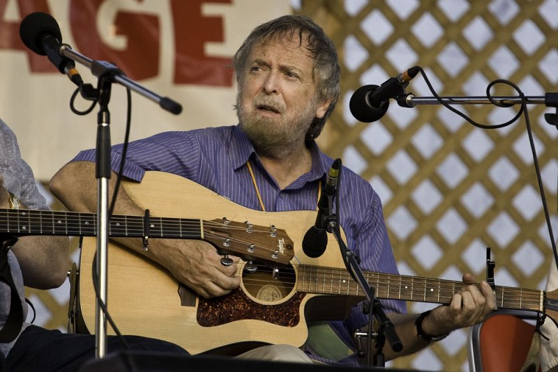 Mick Moloney - GreenFields of America