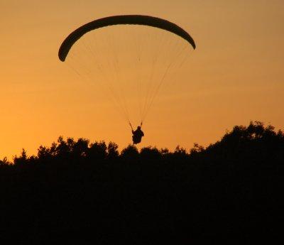 Skydiving at Sunset Off Mt. Tom 027.jpg