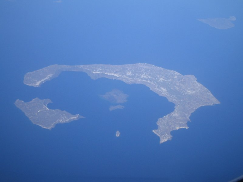 Island somewhere - May 06.JPG