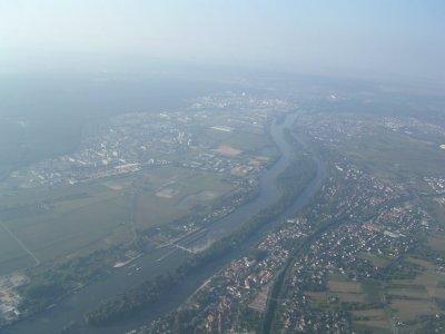 Aerial View Paris - 02 Sep 04.JPG