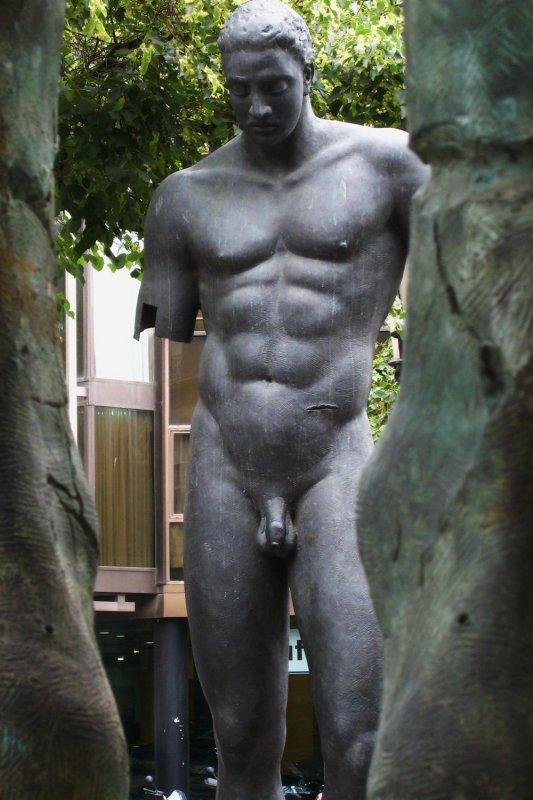 sculptures <br><b>Igor Mitoraj</b>