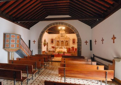 Iglesia de San Bartolome Interior