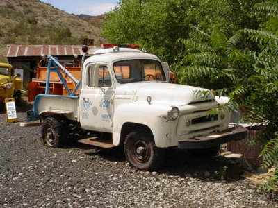 white tow truck