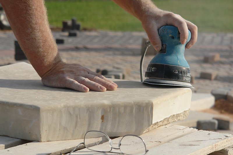 Cutting Stone 19.jpg