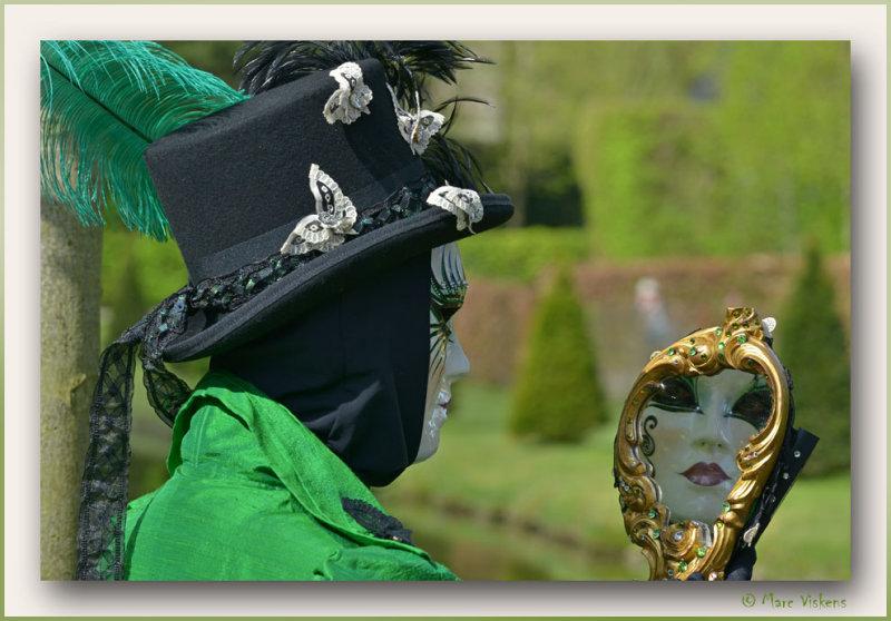 Les costumés Vénitiens 2013 dans les Jardins dAnnevoie Belgique
