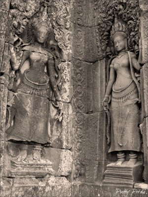 Apsaras Dancers