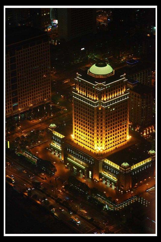 Building at night.jpg