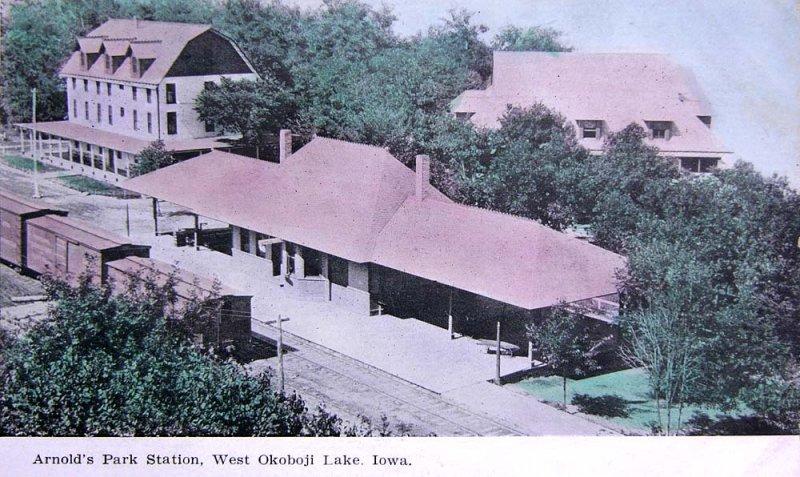 Arnolds Park Station