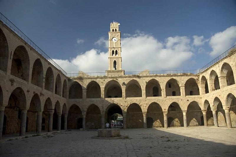 Khan Al-Omdan