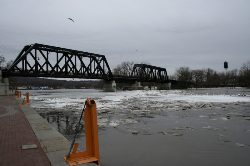 March 16, 2007<BR>Flooding and Ice