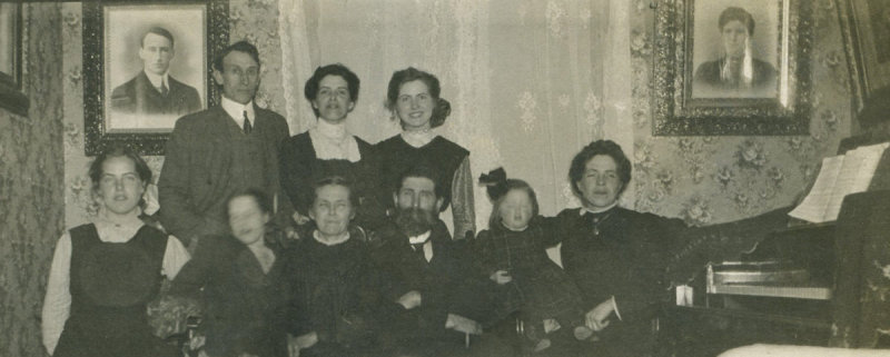 Lancaster familly at home