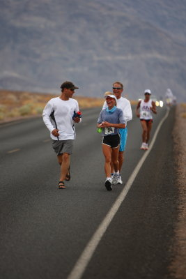 Dave Heckman - Crew, Lisa & Chris sharing joy (again) on the road from Badwater to Whitney