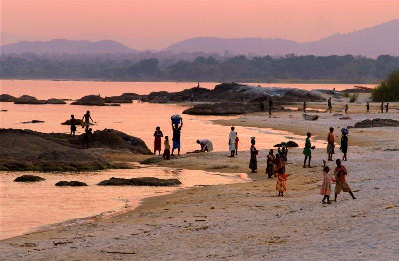 Chinteche beach 3.jpg