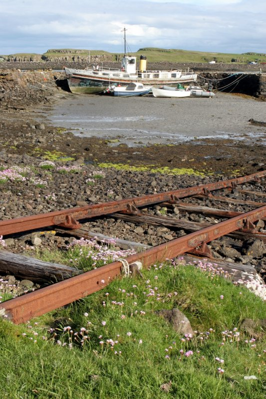 Eigg harbour slip