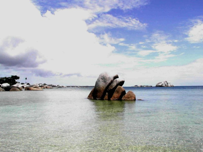 Belitung rocks