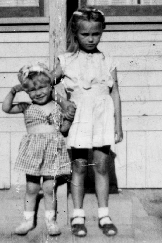 image5.jpg Chuck and sister Rose Ann