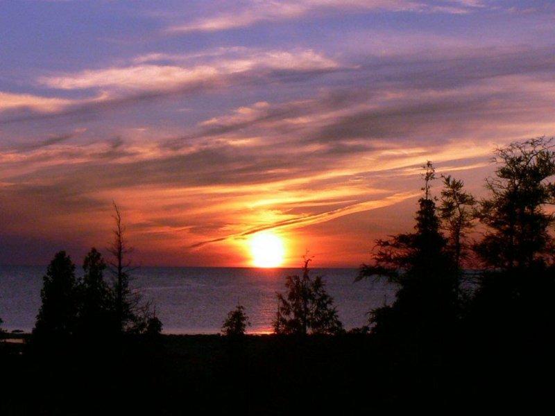 Spectacular sunsets on Lake Huron - Bruce Peninsula