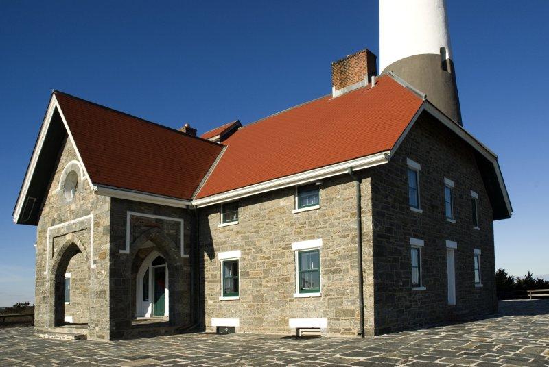 lighthouse living quarters