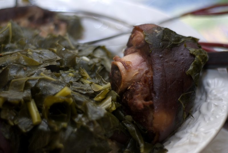 ham hocks and collard greens