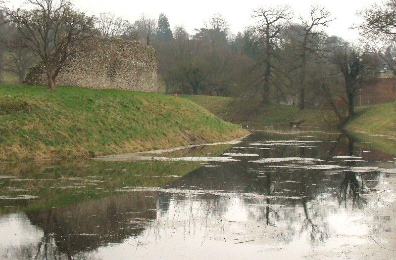 Berkhamsted Castle,the moat