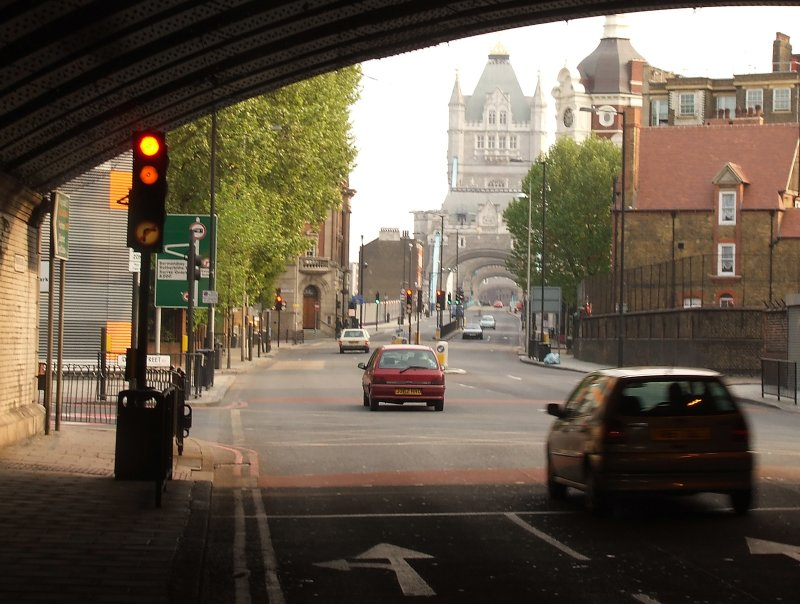 The approach to Tower Bridge
