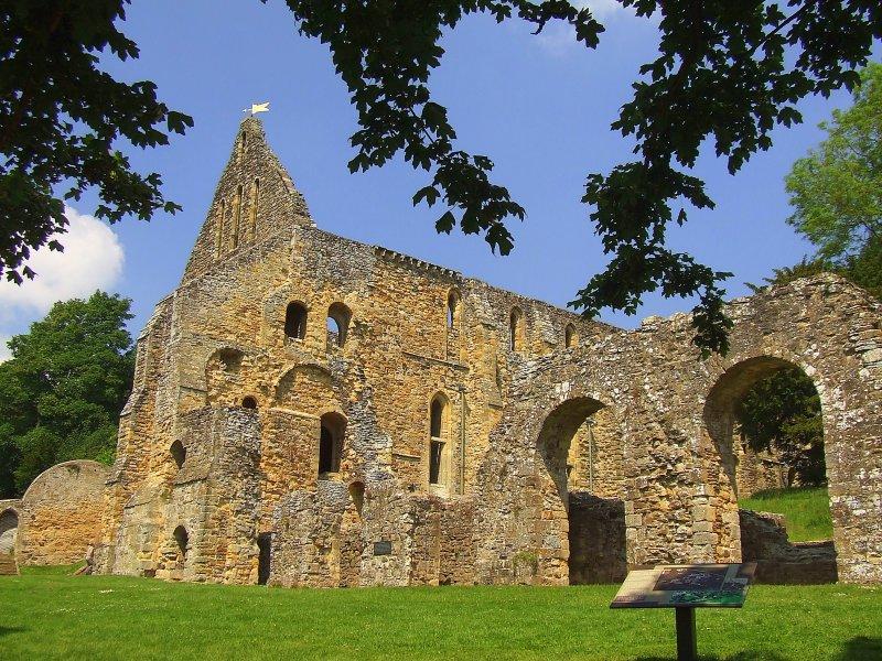 Battle Abbey ruins