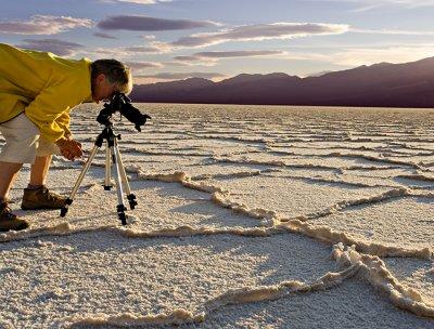 07-02 Renate in Death Valley 03.JPG