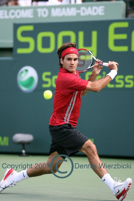 Roger Federer 023 26MAR07.jpg
