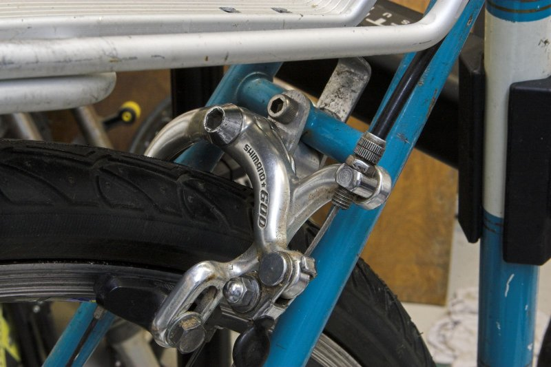 Fitting regular brakes to a long reach bracket