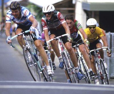 Crit riders