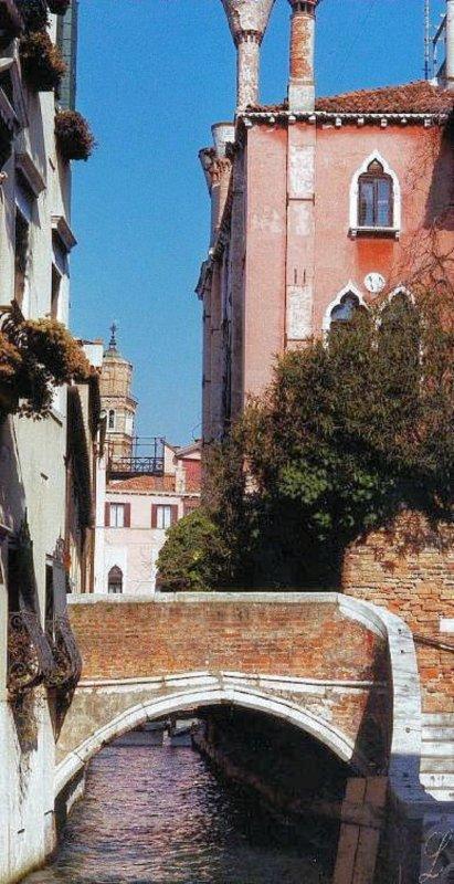 2001-028.jpg