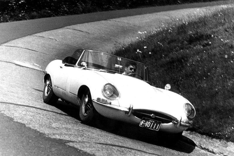 Dad in Jaguar XKE Nurburgring Karussell 1963.jpg