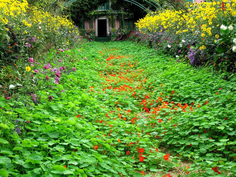 Giverny - Monets house 1.jpg
