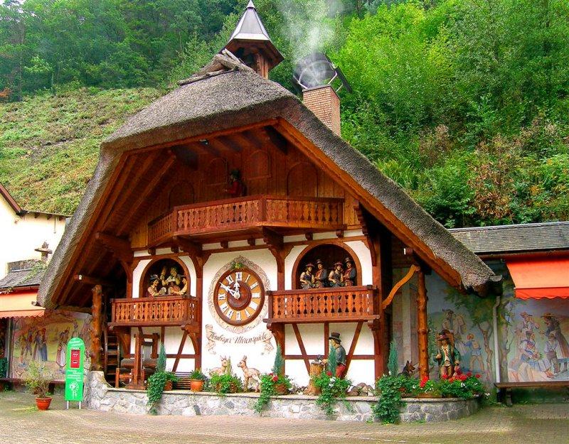 Biggest Coockoo Clock in The World, Schwartzwald, Germany