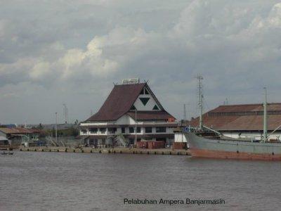 Pelabuhan Trisakti Banjarmasin