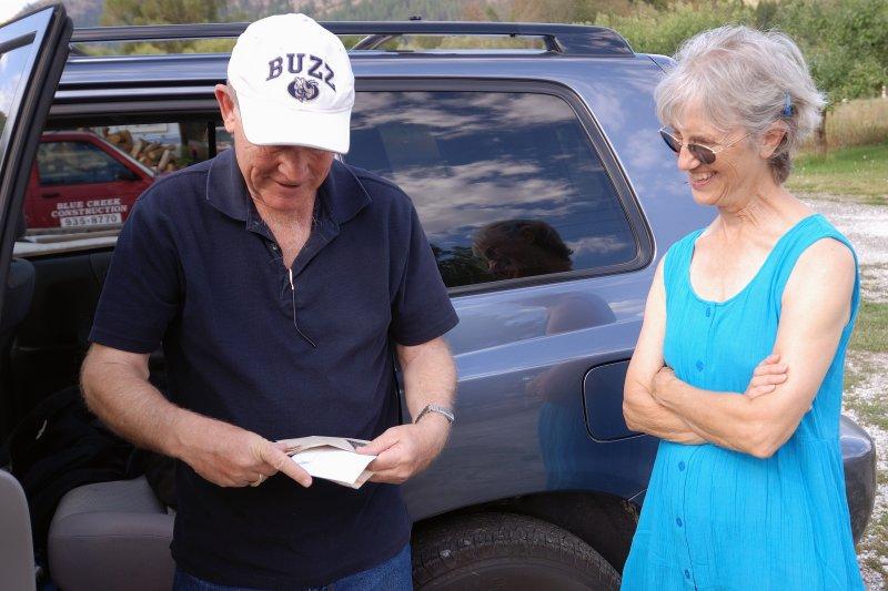 Lady helps Buzzy