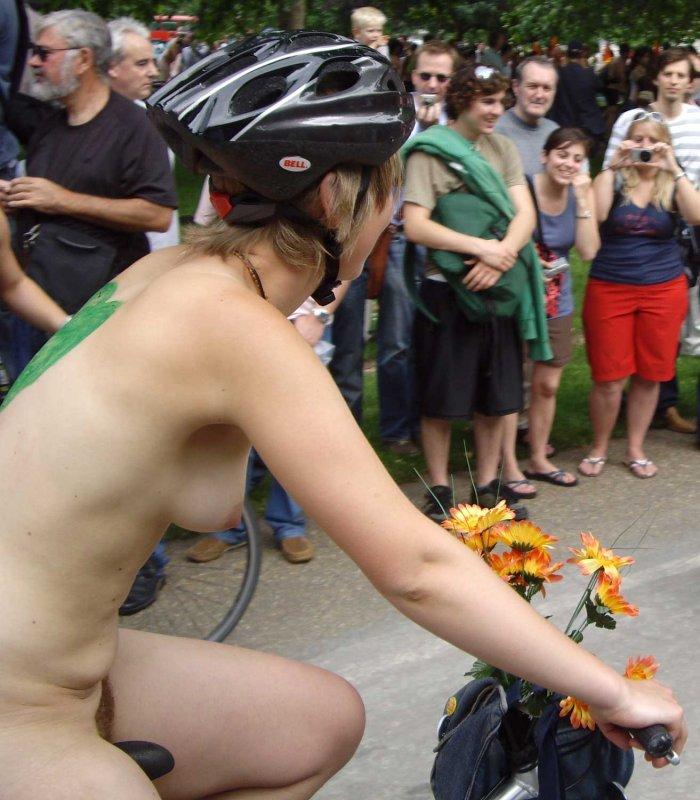 Silken nude girls