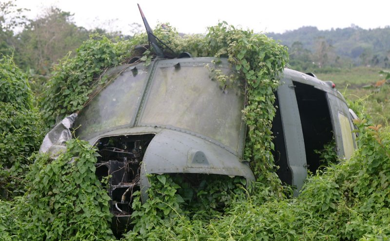 PAF Huey UH-1H # 627 crash landed between  Lanao del Norte & Lanao der Sur
