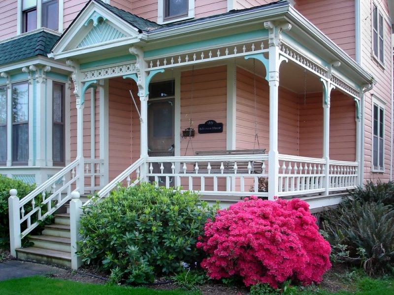 conerhouse albanysony12x copy.jpg