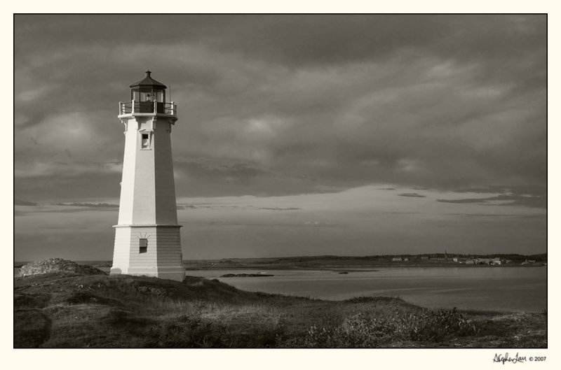 20071003_Nova Scotia_0384 BW.jpg