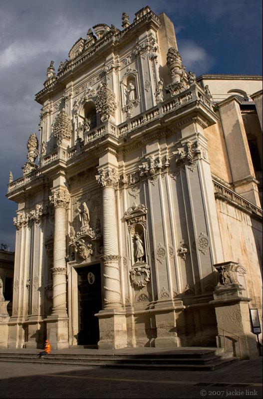Lecce Italy-boy in orange.jpg