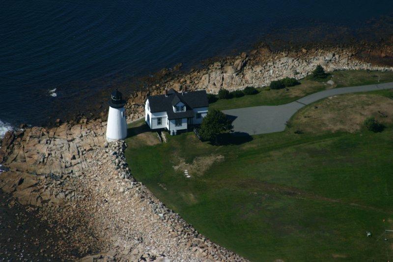 14 Prospect Harbor Light