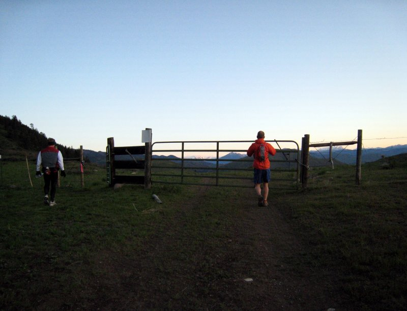 sunrise & gate